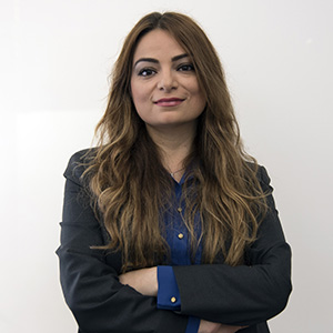 Feyza Engin headshot