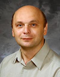 Igor Slukvin headshot